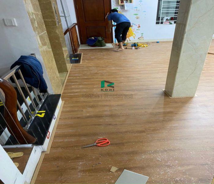 Ván sàn gỗ công nghiệp tại ngọc đại-Đại mỗ