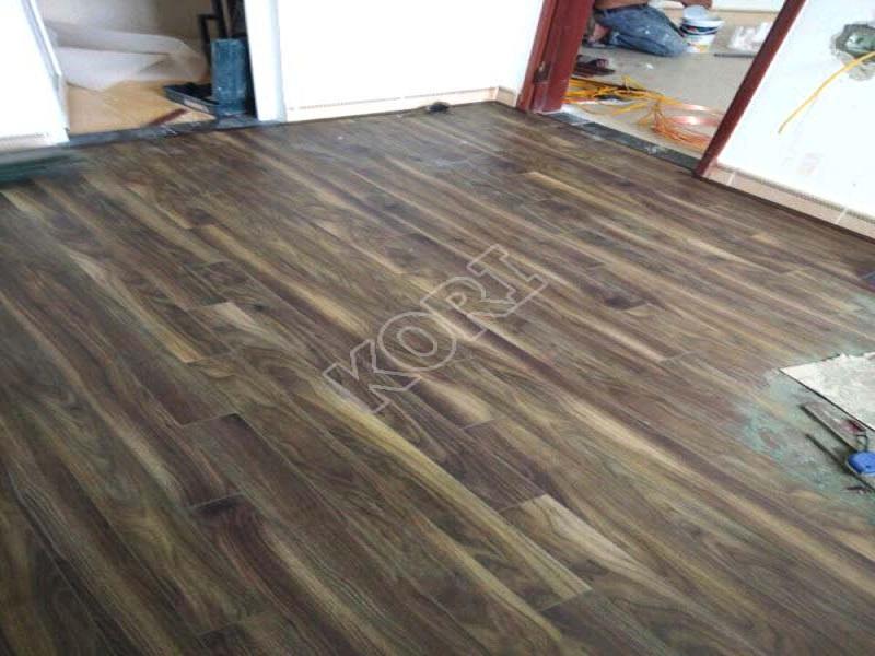 sàn gỗ phòng khách thái nguyên