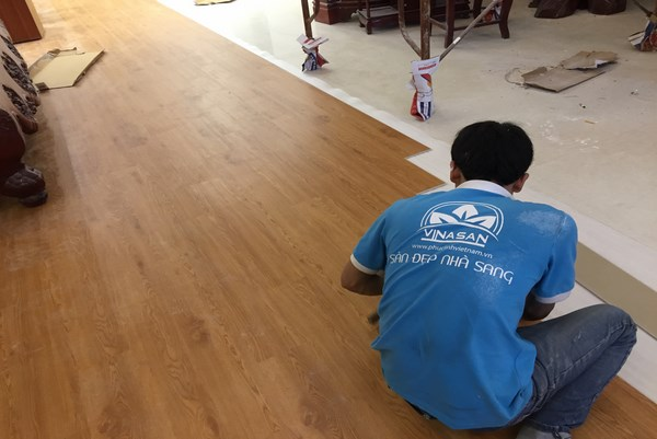thi công sàn gỗ phúc linh
