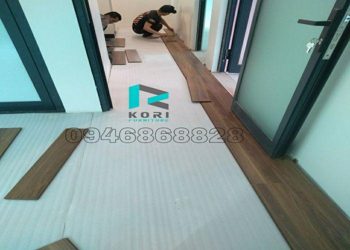 thi công sàn gỗ công nghiệp