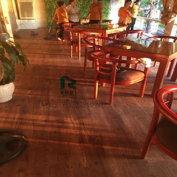 Sàn gỗ cho người mệnh Thổ tính vượng