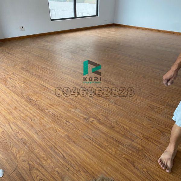 Hoàn thiện sàn nhựa giả gỗ tại Cao Bằng